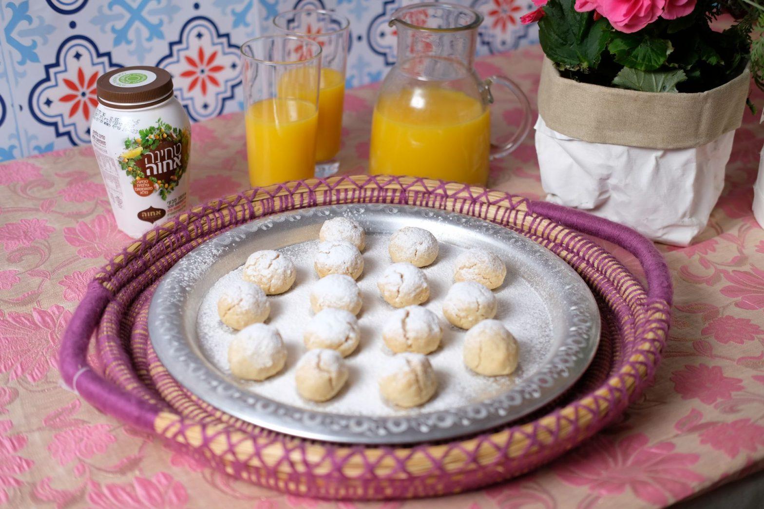 עוגיות טחינה של רוני מנדלמן עם ג'קי אזולאי