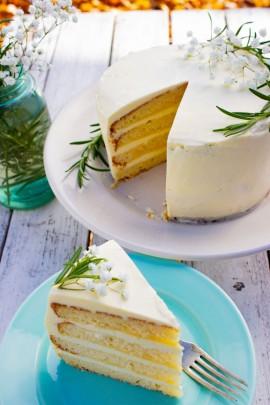עוגת לימון ויוגורט של רייצ'ל קו