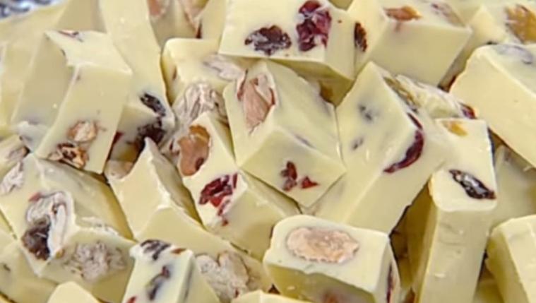 חטיפי שוקולד לבן בניחוח הדרים מרענן של מיקי שמו