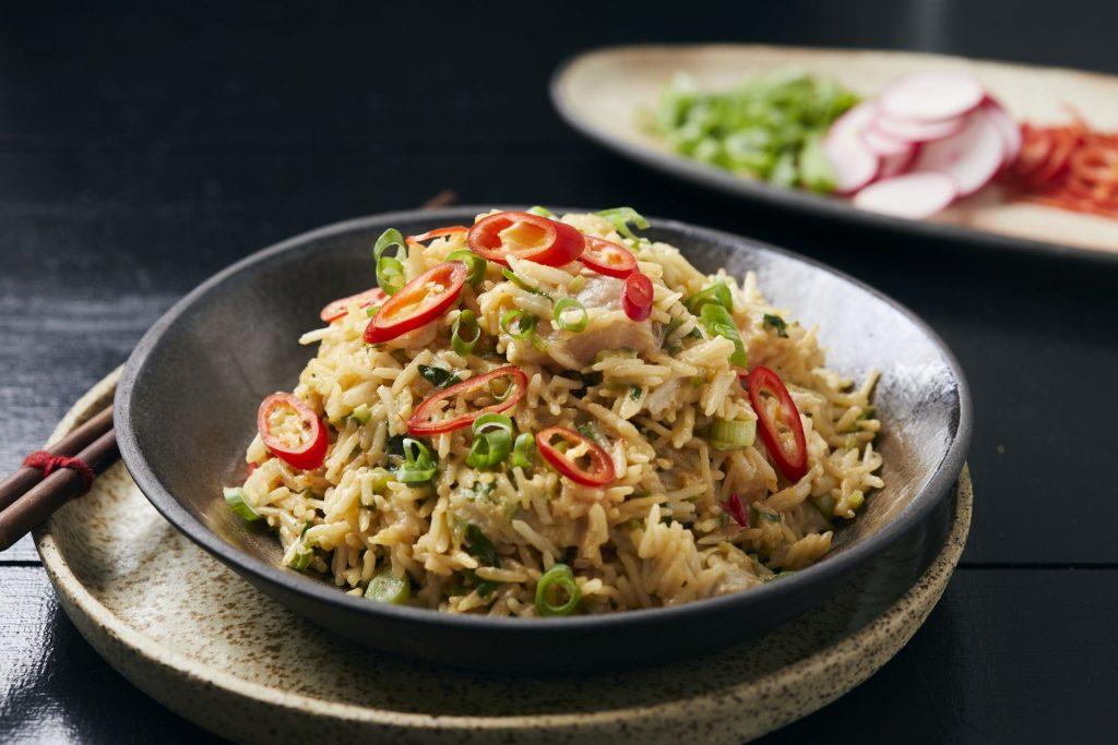 אורז עם דג נא בלימון כבוש