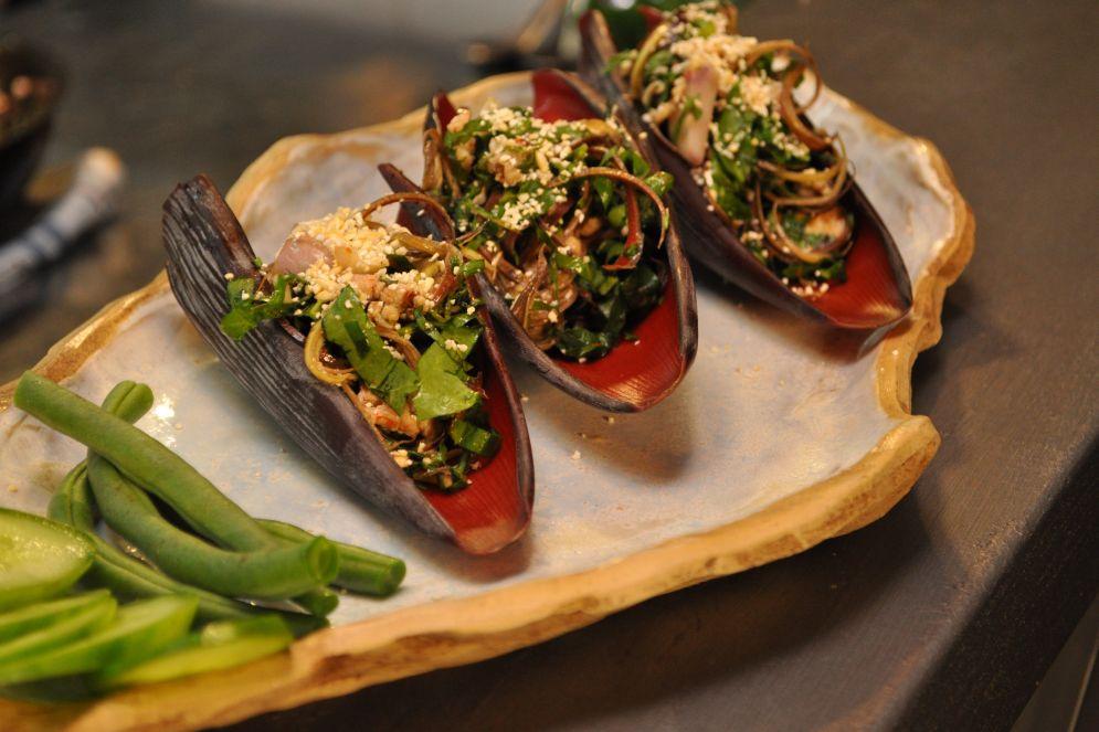 סלט עוף תאילנדי של משה בדישי