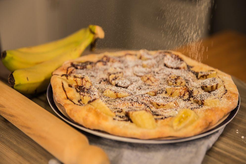 """""""פיצה בננה לוטי"""" של לאון אלקלעי"""