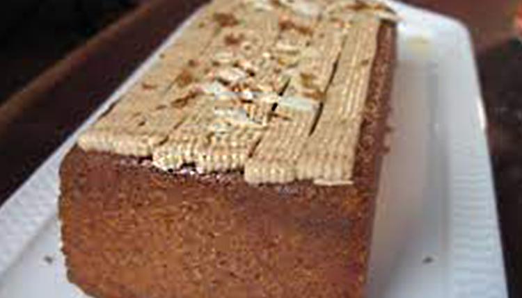 עוגת דבש בציפוי גלאסז' חום של מיקי שמו