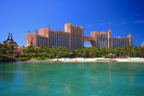 בינתיים אפשר רק לחלום: המלונות היוקרתיים בעולם